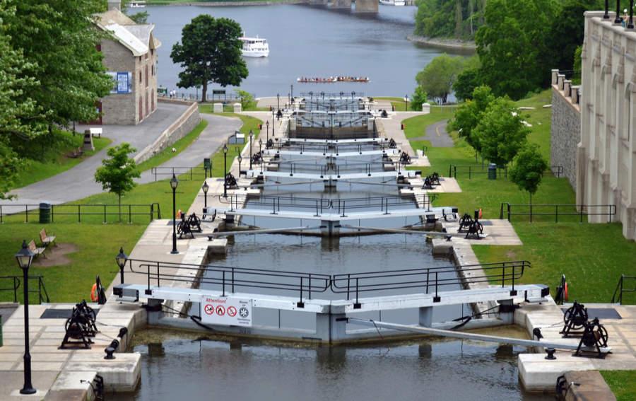 Las esclusas de Ottawa son el acceso al canal Rideau