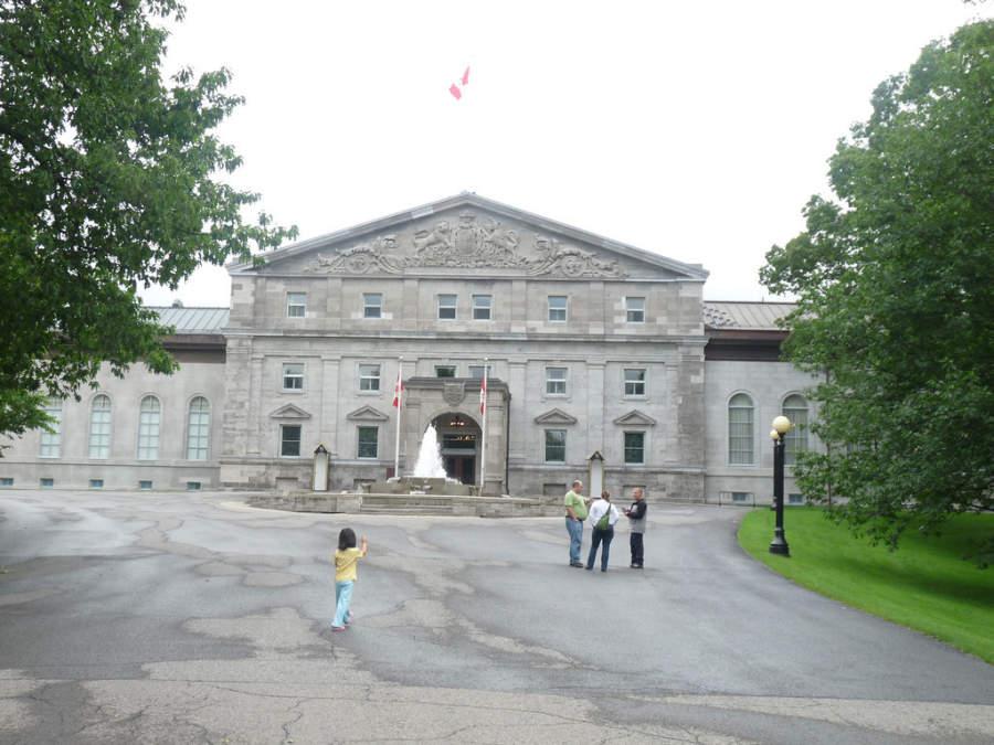 Rideau Hall es la residencia oficial del Monarca de Canadá