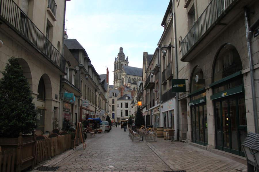 Avenida turística en Blois