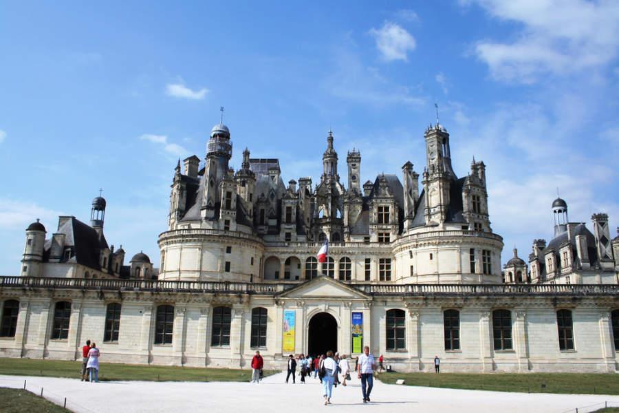 El castillo Château de Chambord es uno de los atractivos cercanos a Blois