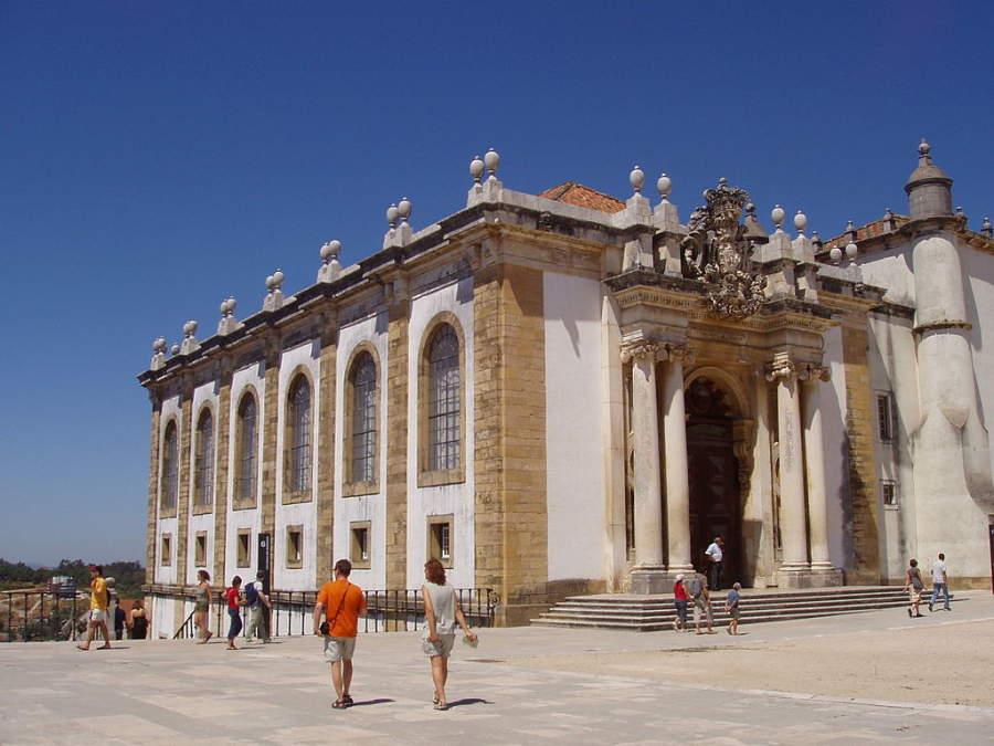 Para visitar la Biblioteca Joanina de Coímbra es preferible hacer reservación