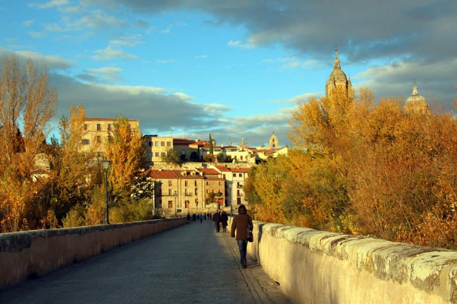 El Puente Romano es parte de la Vía de la Plata