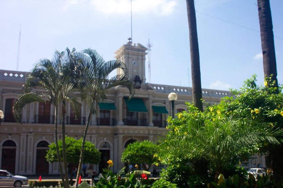 Vista exterior del Palacio de Gobierno de Colima