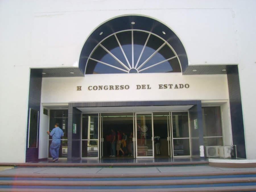 Entrada del Congreso del Estado de Colima