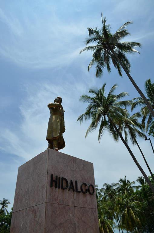 Monumento a Hidalgo en la ciudad de Colima