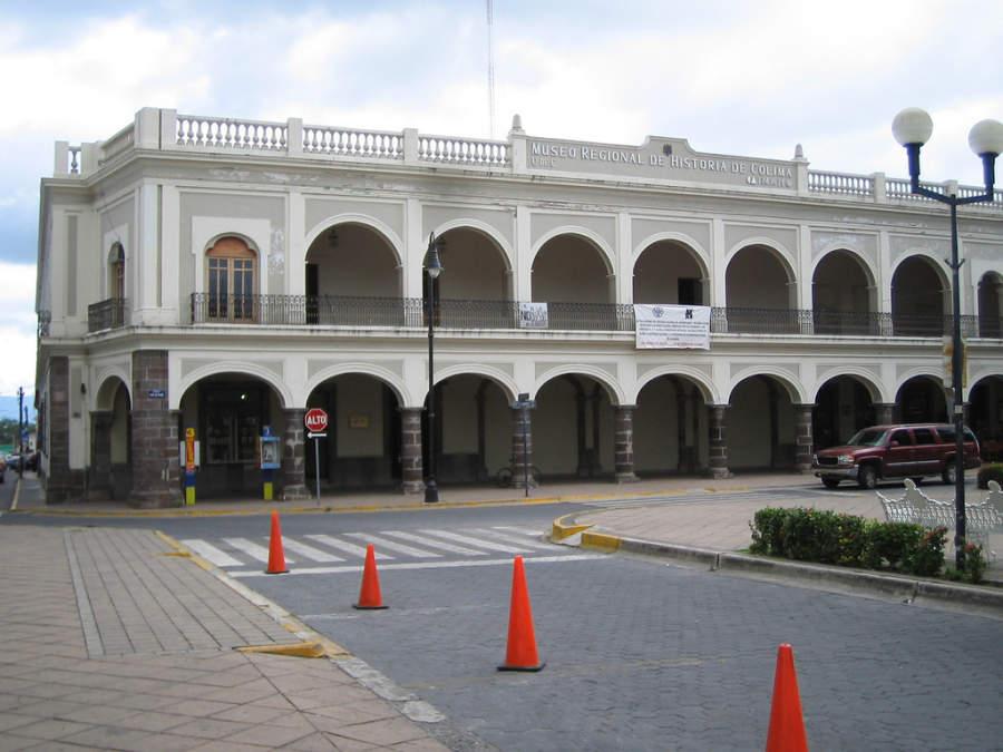 Vista exterior del Museo Regional de Historia de Colima