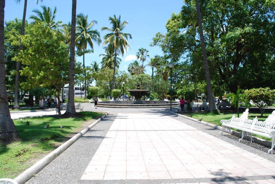 Jardín Núñez en la ciudad de Colima