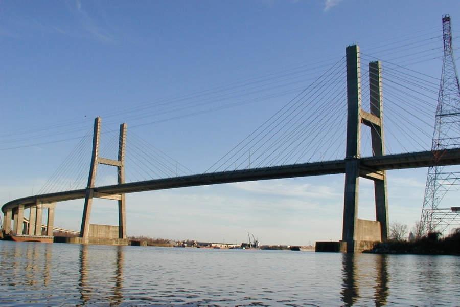 Cochrane–Africatown USA Bridge, puente sobre el río Mobile