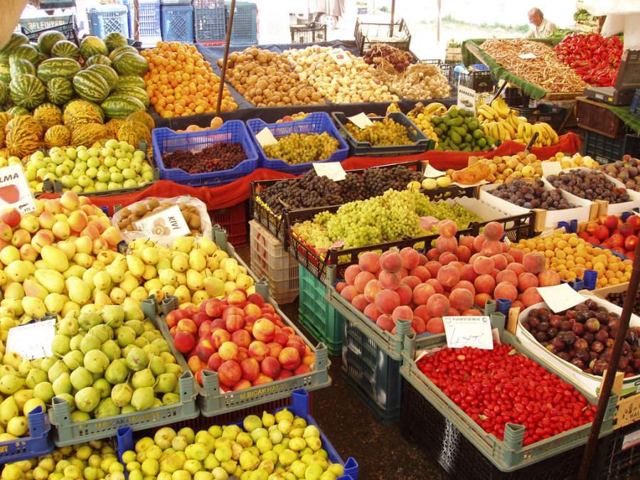 Frutas en un mercado de Alanya