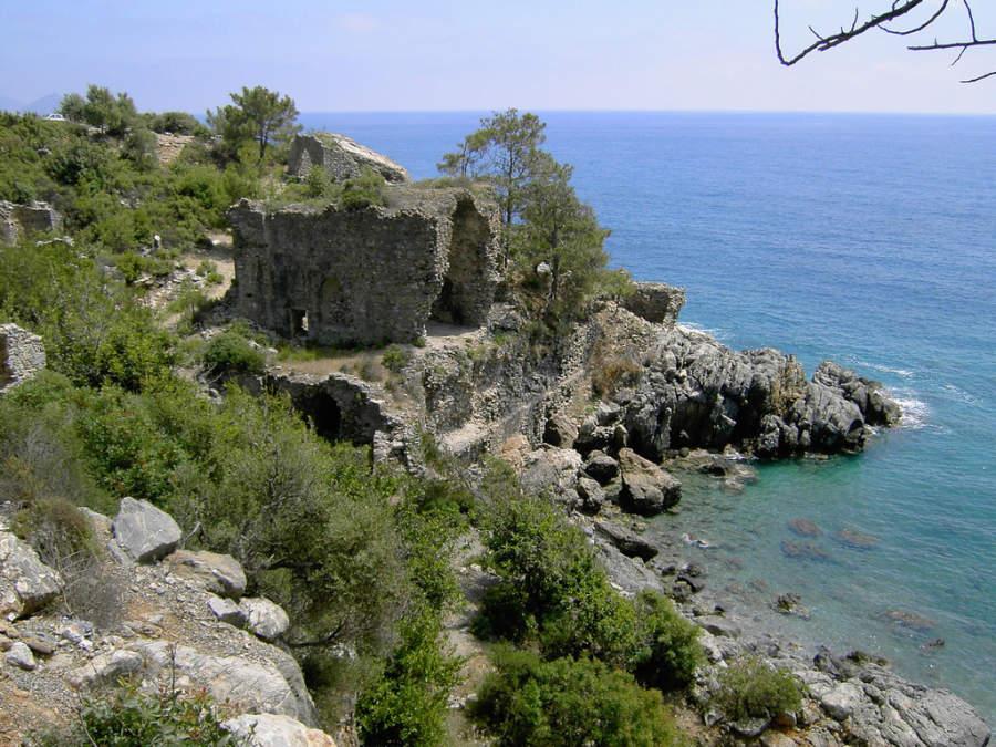 Restos de la antigua ciudad de Iotapa, a 30 kilómetros de Alanya
