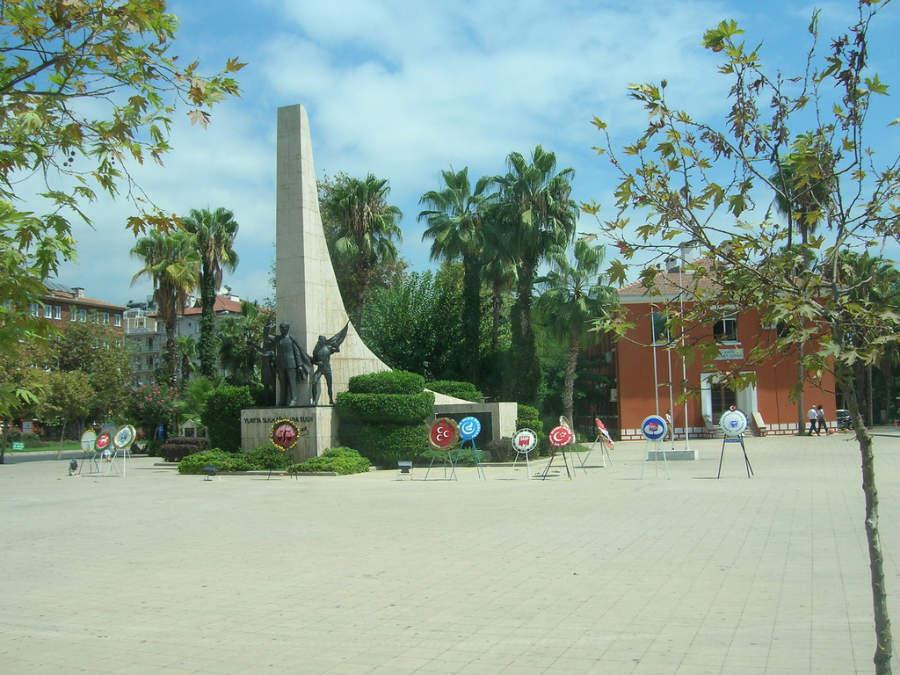 Monumento a Mustafa Kemal Atatürk