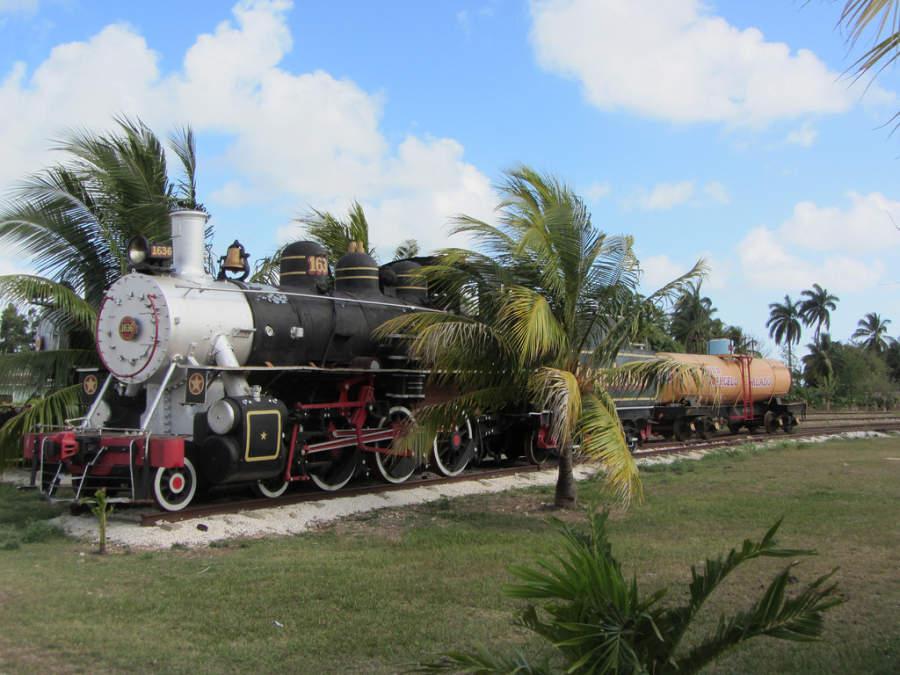 Se puede visitar el taller ferroviario de la ciudad