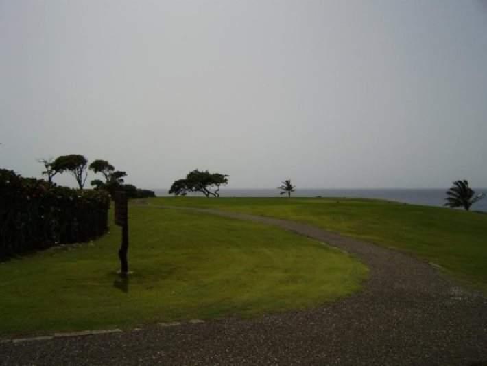 Campo de golf en la playa Grande de Río San Juan