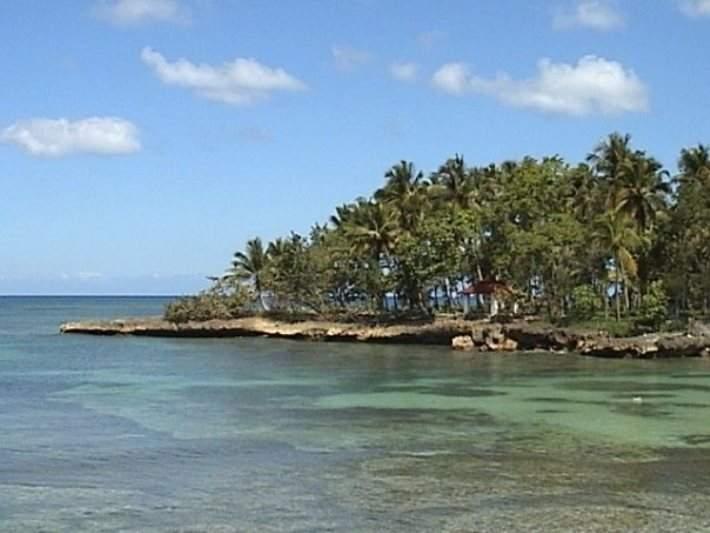 Playa para practicar esnórquel en Río San Juan