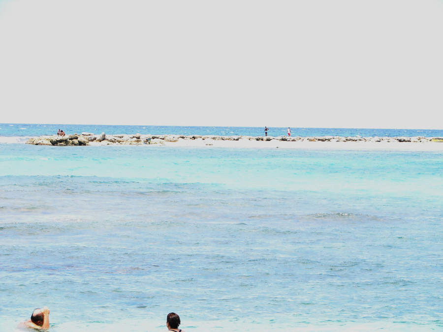 La playa de Juan Dolio es ideal para nadar