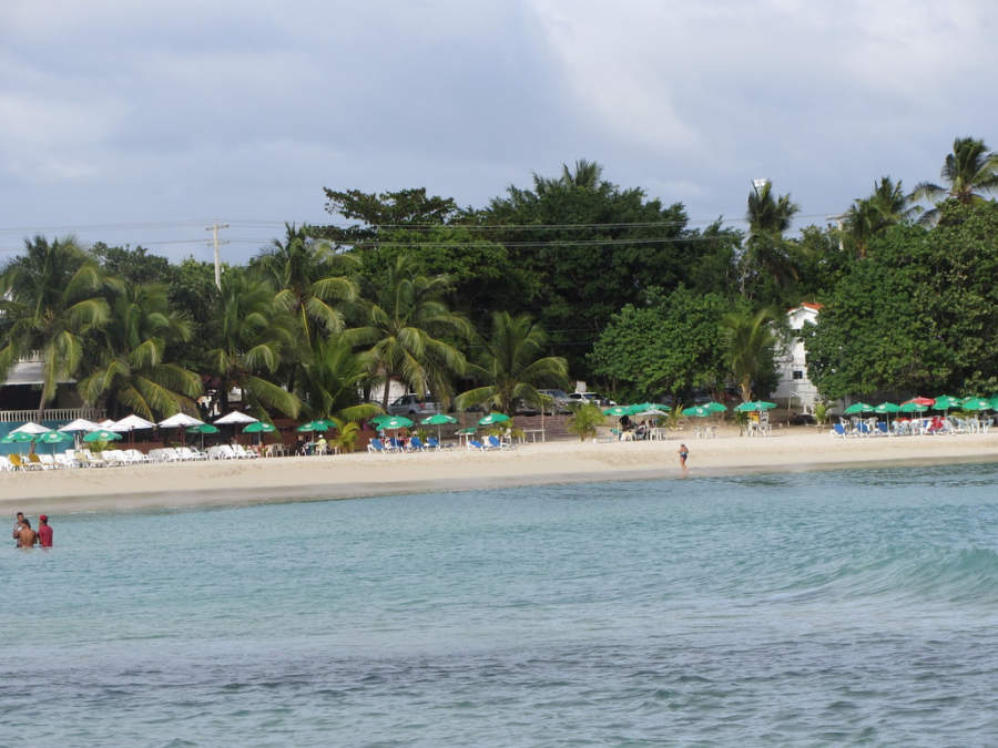 Playa poco profunda de Juan Dolio