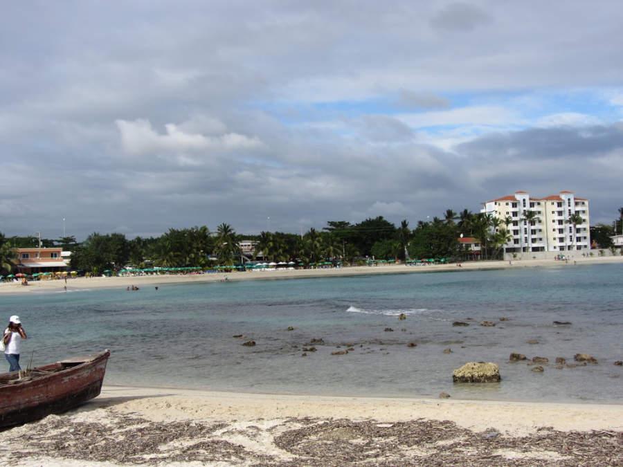 Juan Dolio se encuentra protegida por el arrecife de coral