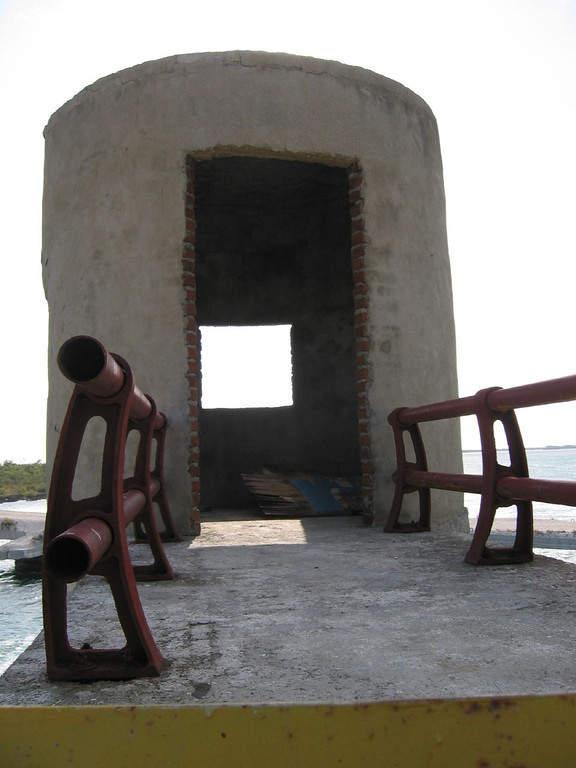 Antiguo faro en Cayo Coco