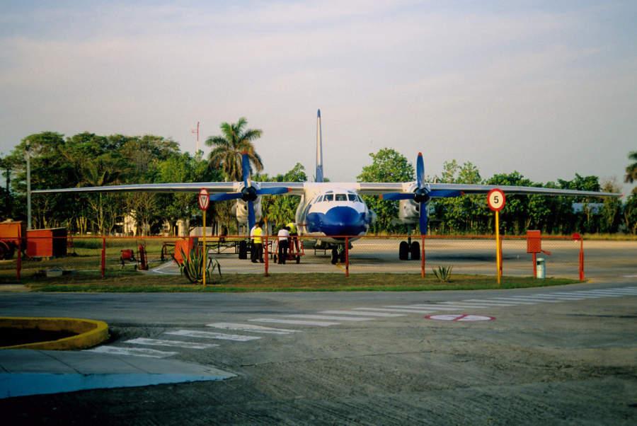 Pista de aterrizaje en el aeropuerto de Baracoa