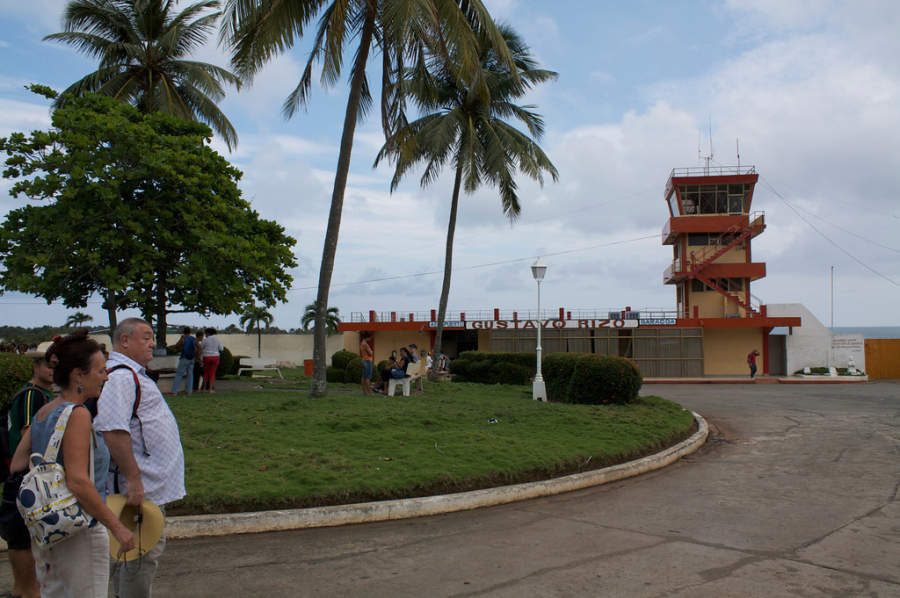 Aeropuerto Gustavo Rizo en Baracoa