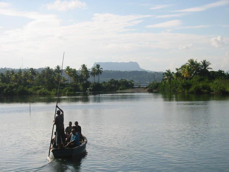 Paseo en bote en Baracoa