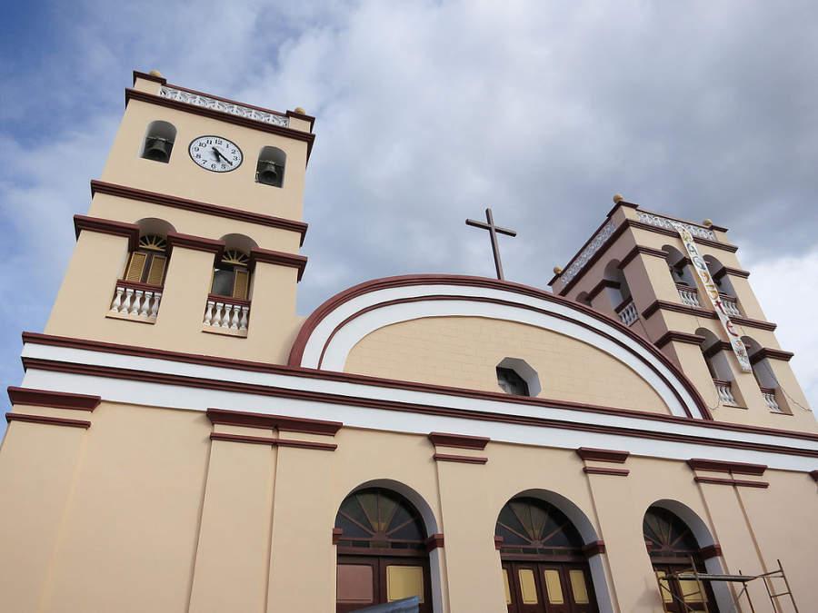 Fachada de la Catedral de Baracoa