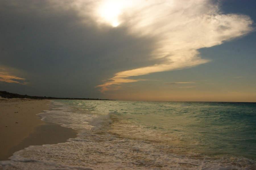 Atardecer en la playa de Cayo Santa María