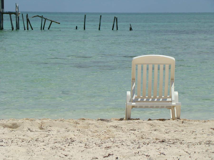 Playa Santa Lucía tiene playas tranquilas ideales para familias