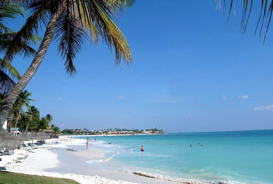 Eagle Beach cuenta con variedad de hoteles