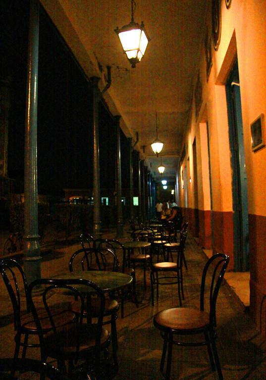 En el centro de Remedios se puede tomar café por las noches