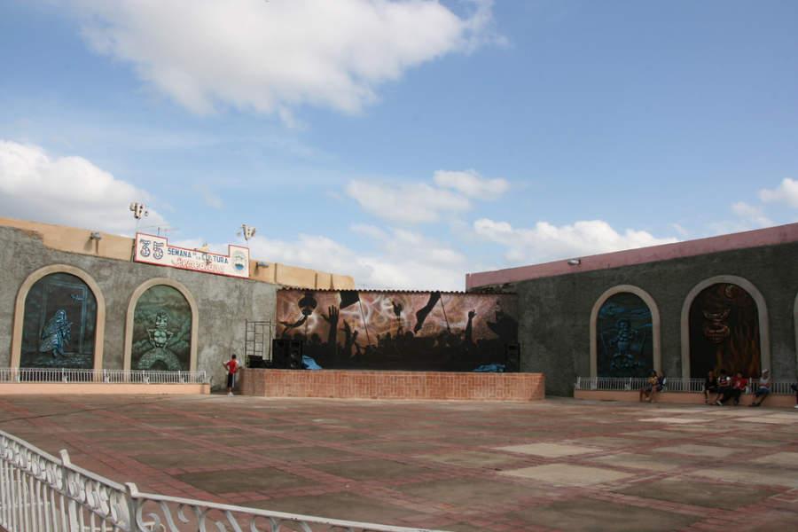 Explanada en donde se realizan eventos culturales en San Juan de los Remedios