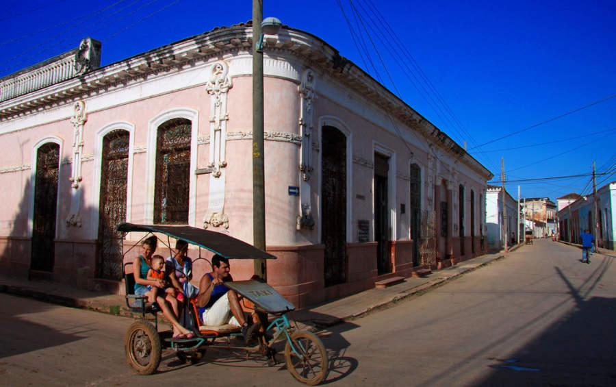 Taxi tradicional de San Juan de los Remedios