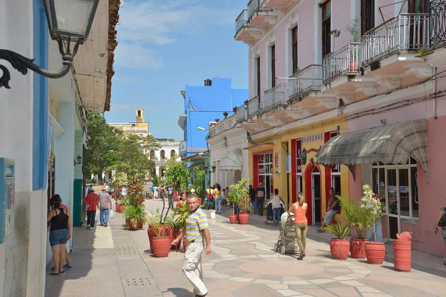 Avenida turística en el centro de Sancti Spíritus