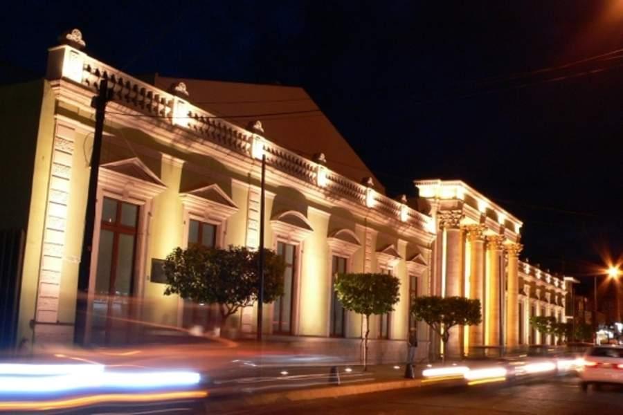 El Teatro Obrero de Zamora cuenta con un estilo ecléctico neoclásico