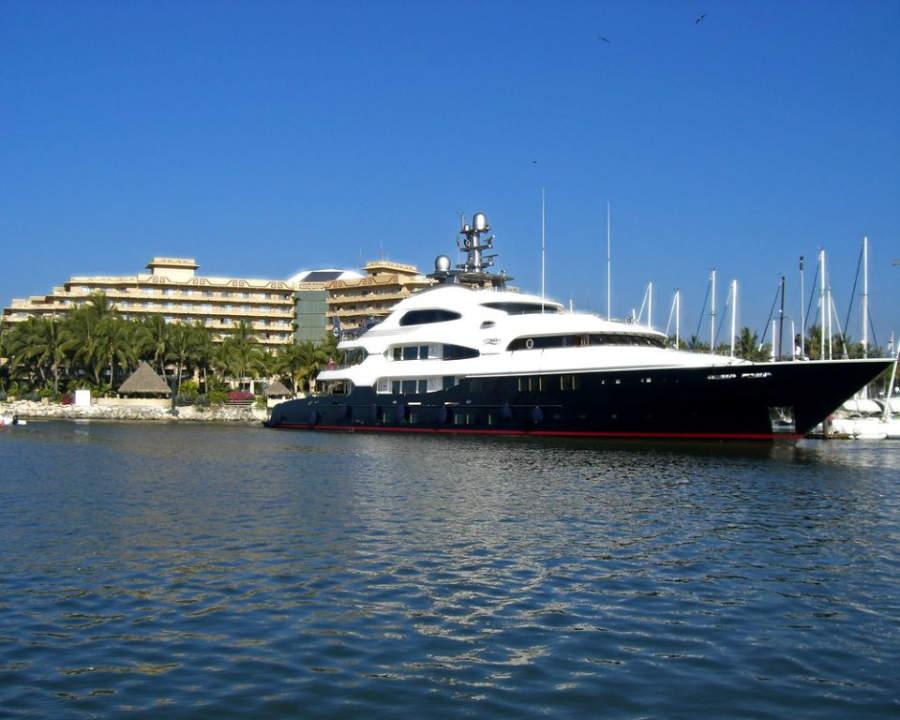 La Marina Paradise Village es un lugar muy popular de Nuevo Vallarta