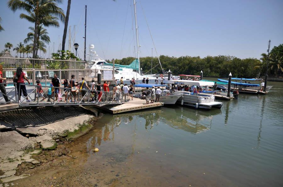 Embarcadero en el río de Nuevo Vallarta