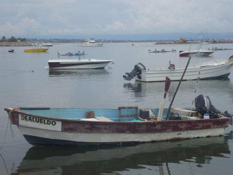 Barcos pesqueros en Cruz de Huanacaxtle