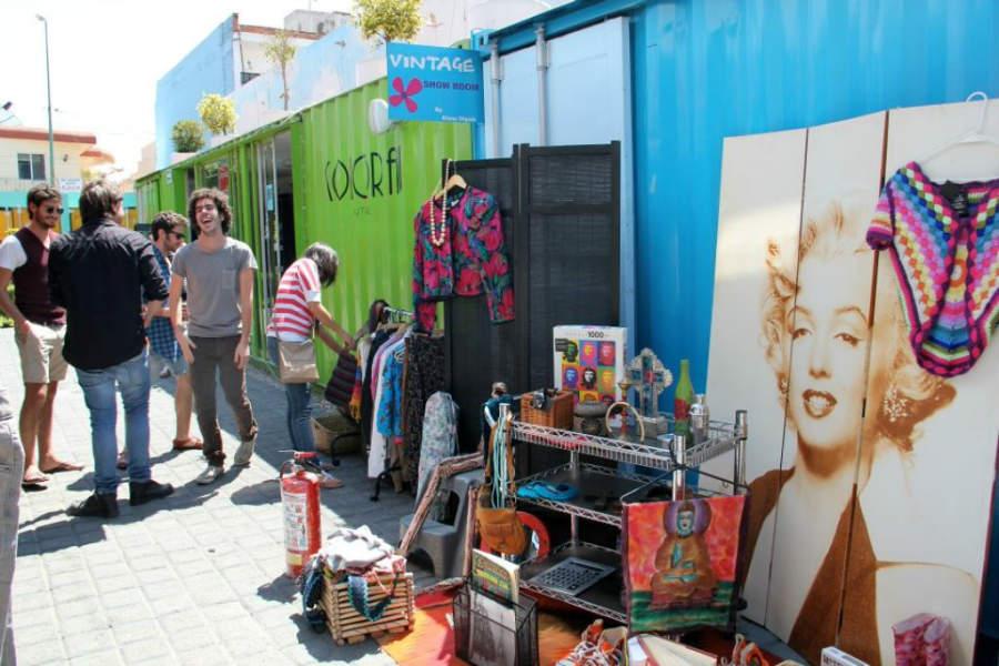 Artículos vintage en Container City, Cholula