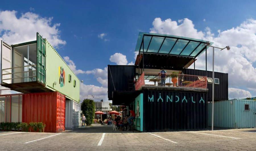 Container City, galería de arte y centro comercial muy popular en Cholula