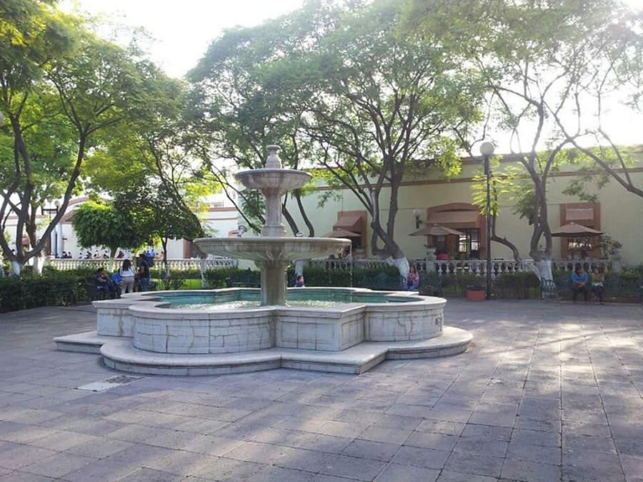 Zócalo del Complejo Cultural El Carmen, ciudad de Tehuacán