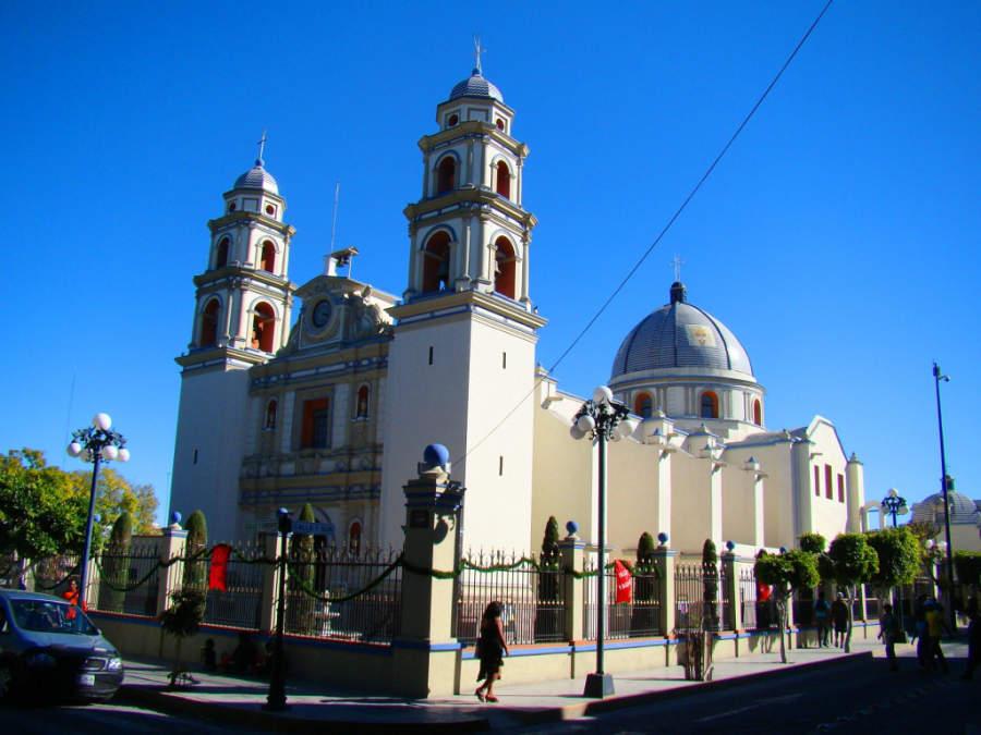 Catedral de la Inmaculada Concepción y Cueva en Tehuacán