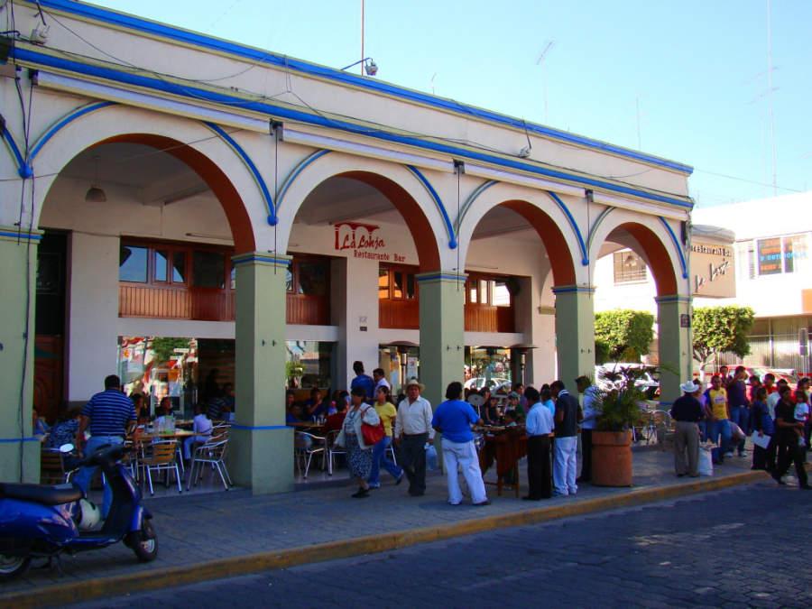 Las calles del centro de Tehuacán cuentan con diversas opciones de entretenimiento