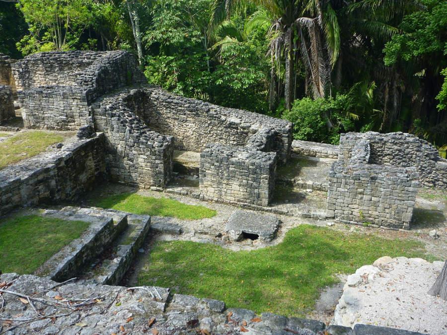 Kohunlich es el sitio arqueológico con más estructuras descubiertas a la vista