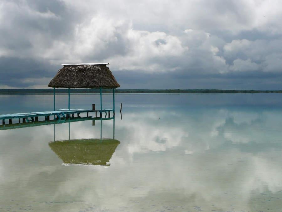 Vista panorámica de la laguna de Bacalar