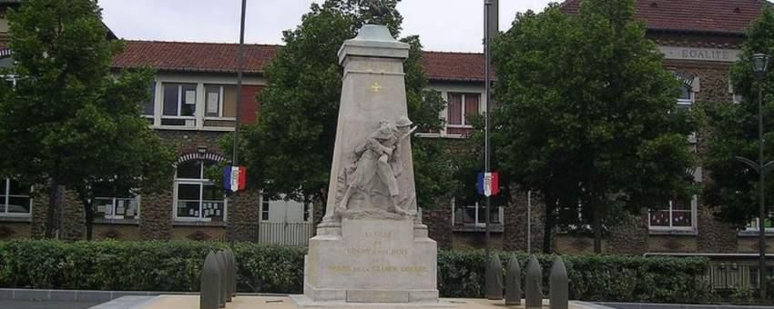 RosnysousBois, Isla de Francia, Francia, France ~ Leader Price Rosny Sous Bois