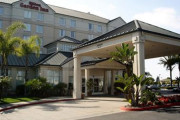 Hampton Inn and Suites Los Angeles Anaheim Garden Grove